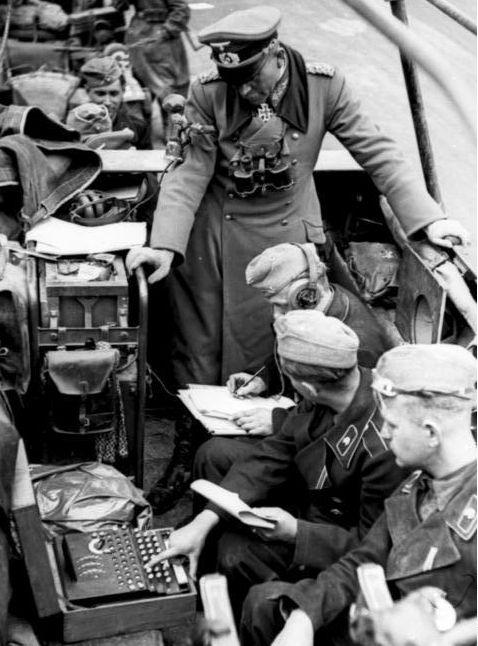 第2次世界大戦で活躍したドイツの暗号機、エニグマ!