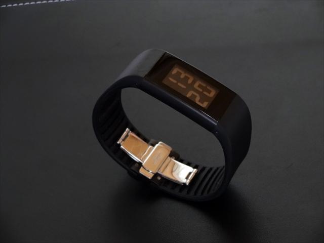 ローゼンダールのWatch2。電波時計ですらない。黄金比によってデザインされた超絶シンプルな時計。